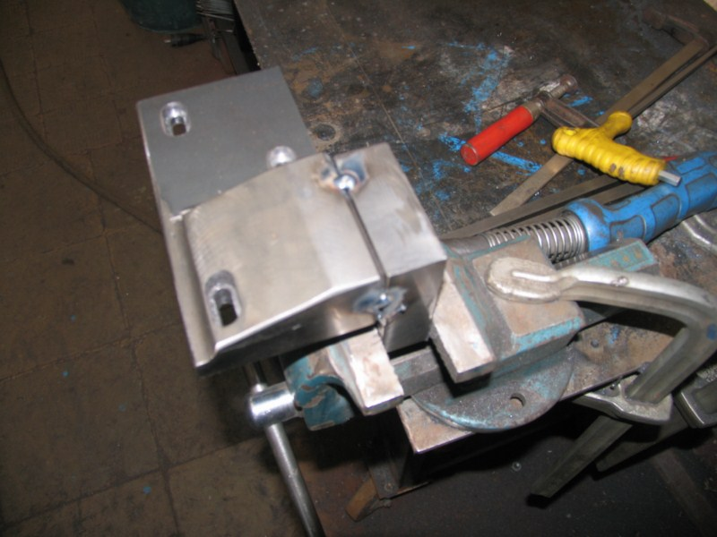 fabrication d'une scie a ruban pour métaux - Page 5 Scm132