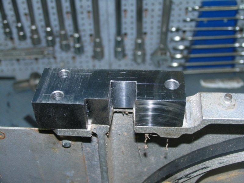 Remise en état d'une petite scie à ruban Sc07