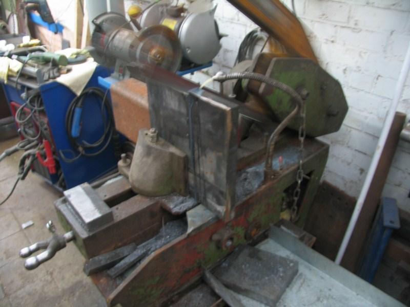 fabrication d'une scie a ruban pour métaux - Page 5 Scm105