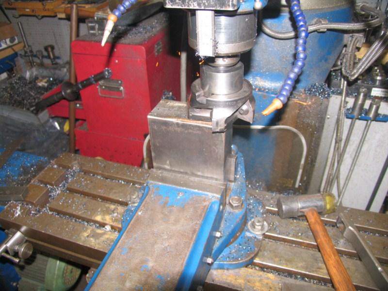 fabrication d'une scie a ruban pour métaux - Page 5 Scm106