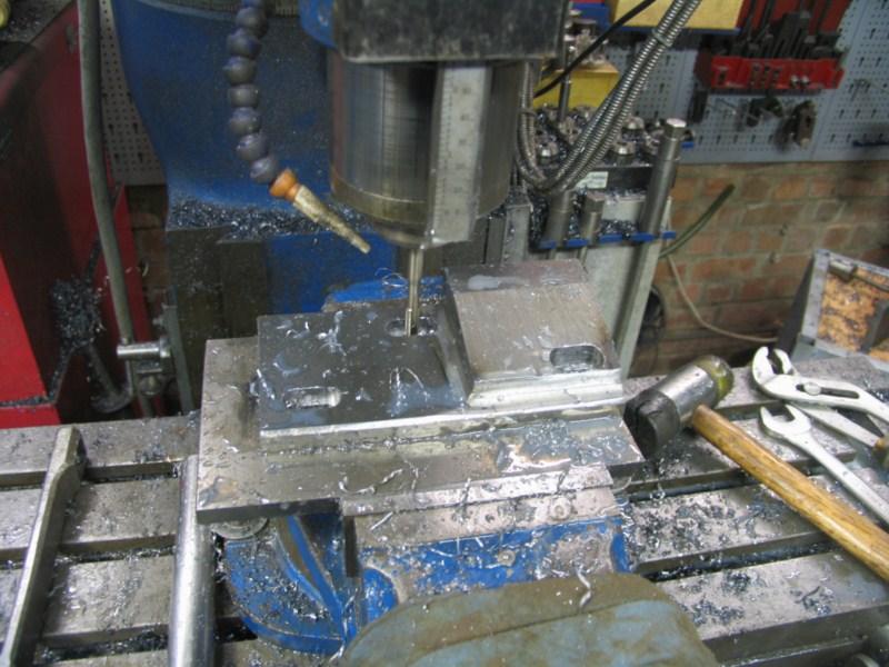 fabrication d'une scie a ruban pour métaux - Page 5 Scm131