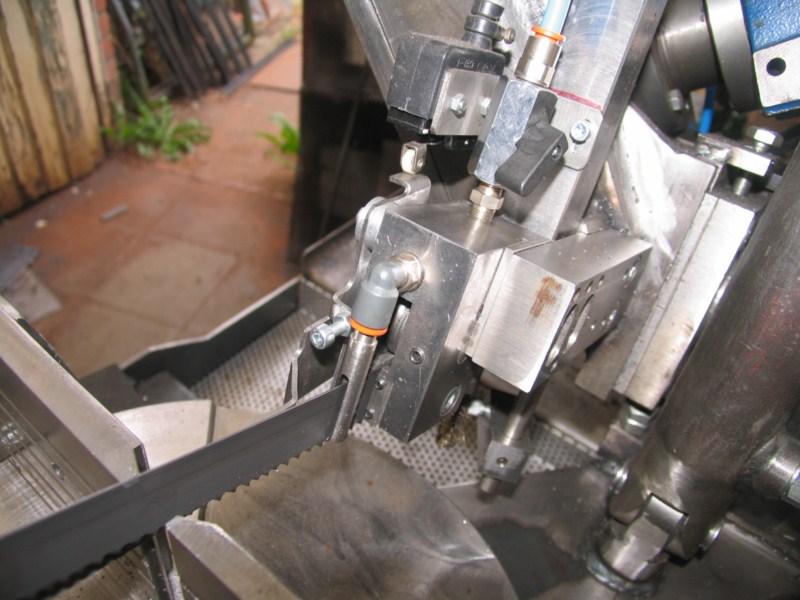 Scie à ruban à métaux MétalProfi SRM210FH - Page 2 Scm365