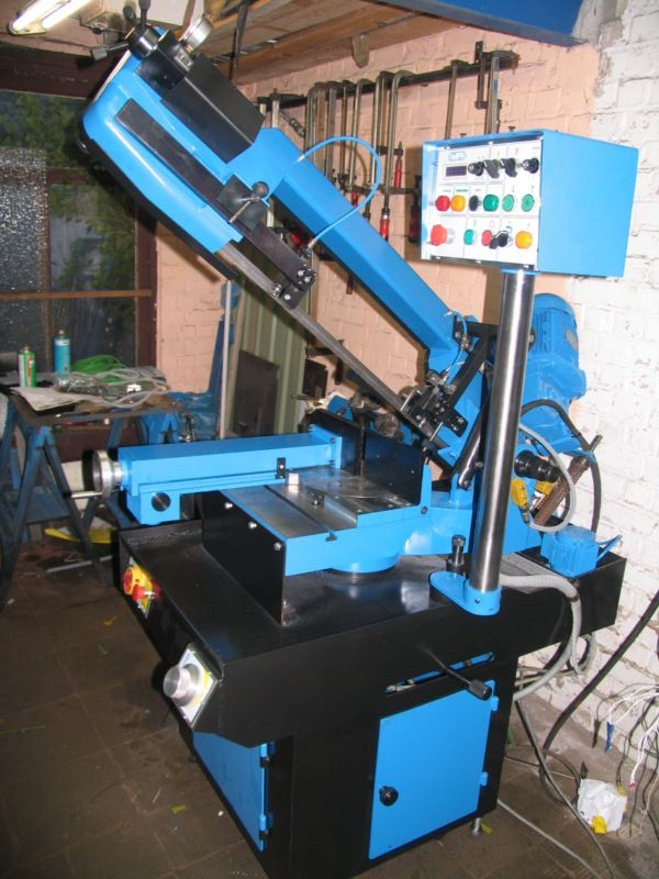fabrication d'une scie a ruban pour métaux - Page 32 Scm442