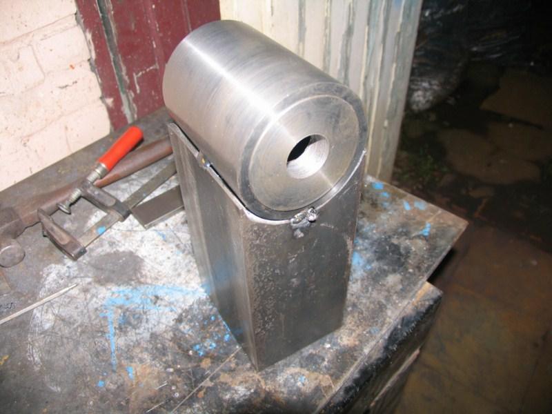 fabrication d'une scie a ruban pour métaux - Page 4 Scm79