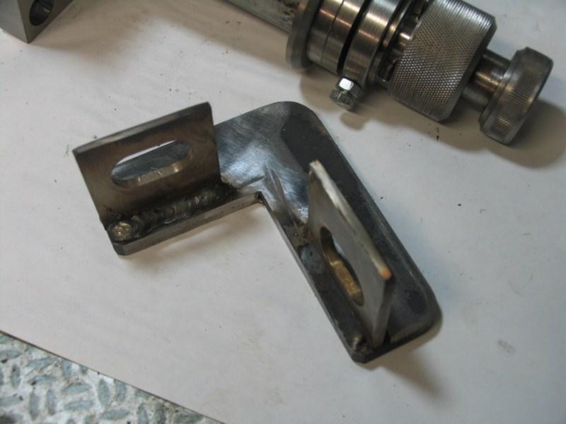 fabrication d'une scie a ruban pour métaux - Page 4 Scm89