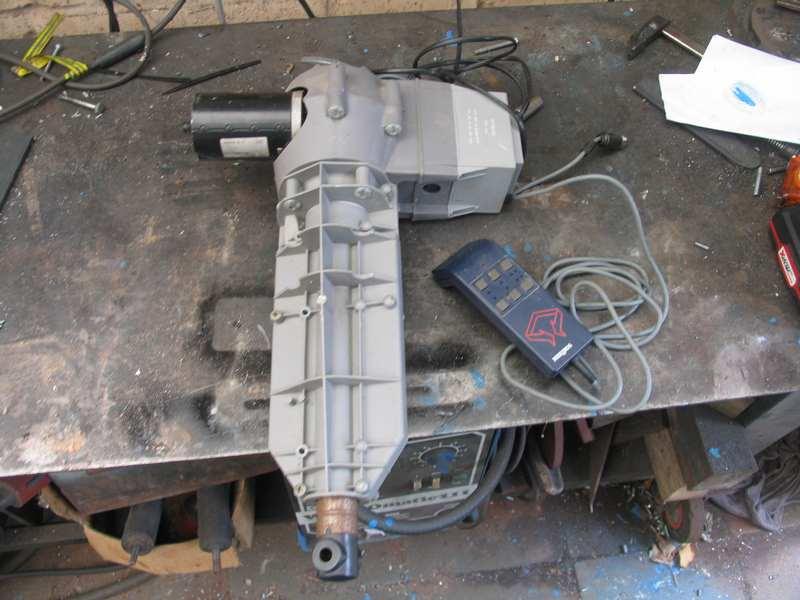 Un pied électrique pour backstand Pb-02