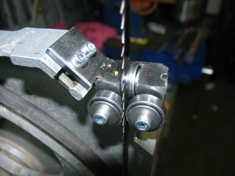 Remise en état d'une petite scie à ruban Sc14