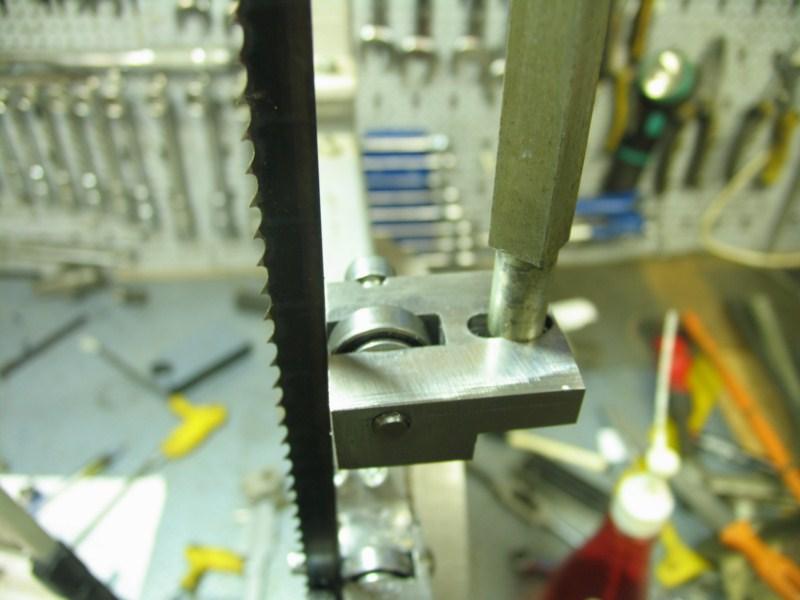 Remise en état d'une petite scie à ruban Sc18