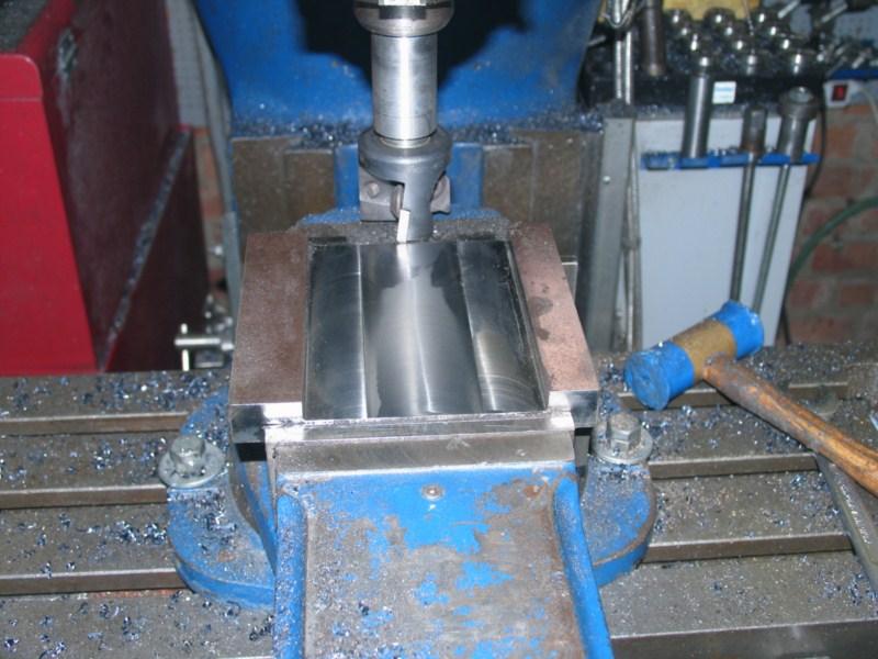 Fabrication d'un tour à bois Tp065