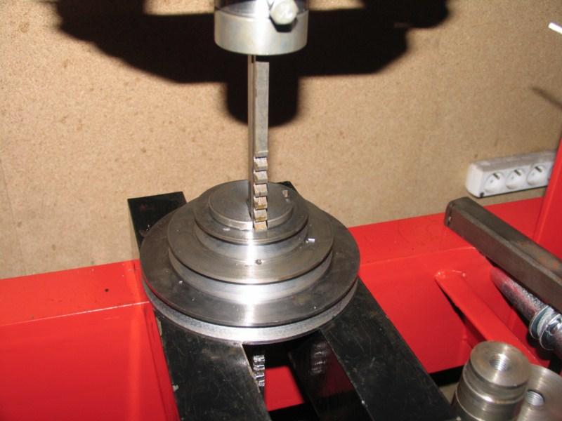 Fabrication d'un tour à bois - Page 2 Tp136