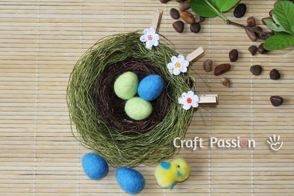 Сувениры к Пасхе - Страница 3 Easter-eggs-wet-felting-3