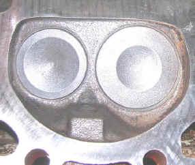 quelqu'un peut me dire s'il sagit d'un moteur vortec? 305_VORTEC_CHAMBER_CN_059