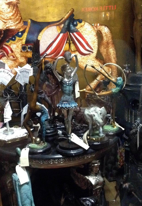 Statuettes et autres objets GR IMG_2737