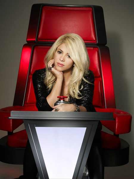 Shakira y Usher en las nuevas fotos oficiales de 'The Voice' Shakira_the_voice