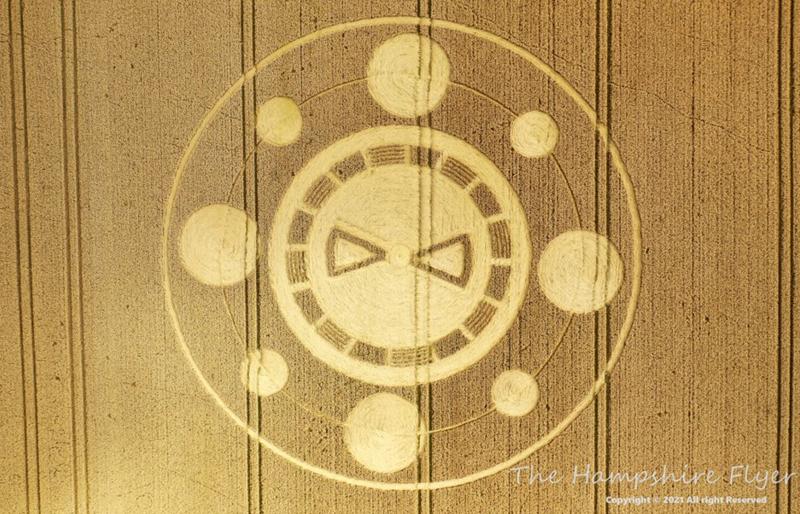 Crop Circles 2021 -  Spiers Lane, Nr Swarraton, Hampshire. Reported 1st August. Hampshire01082021a