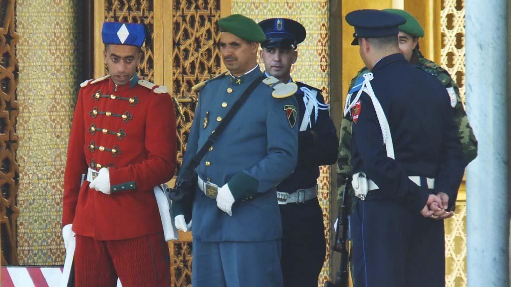 الحرس الملكي المغربي ......Garde royale marocaine Tjey-love-uniforms
