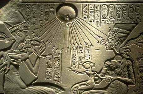 Istoria lumii - 364 de ani vechime Akhnatonbabies
