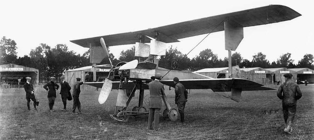Prvi putnici u avijaciji Breguet_1910_mil_6_1000