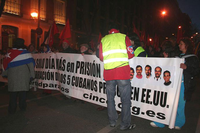 Fotos de los esbirros de Madrid, contratados por la embajada cubana 1-1-A-MADRID-A-6