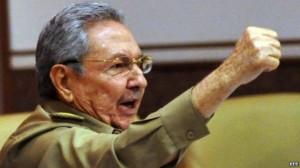 "RAUL auspica un ""dialogo respectuoso"" con gli  USA Raul-Castro-al-concluir-la-clausura-del-ultimo-pleno-de-2013-de-la-Asamblea-Nacional-300x168"