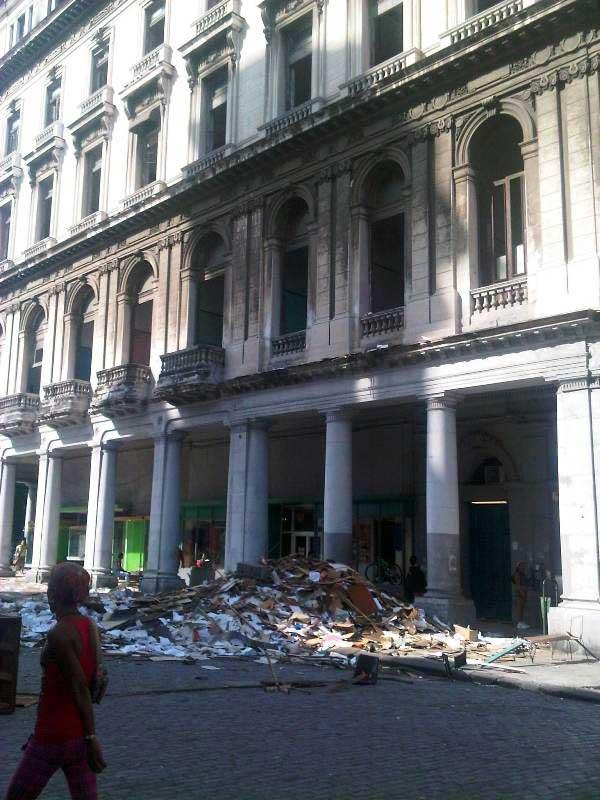 La Manzana de Gomez,ex centro comercial,diventa l'Hotel de lujo MANZANA KEMPINSKI Trasloco-alla-avanera