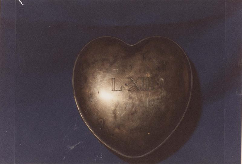 L'armoire des coeurs Sap83_93w00613_p