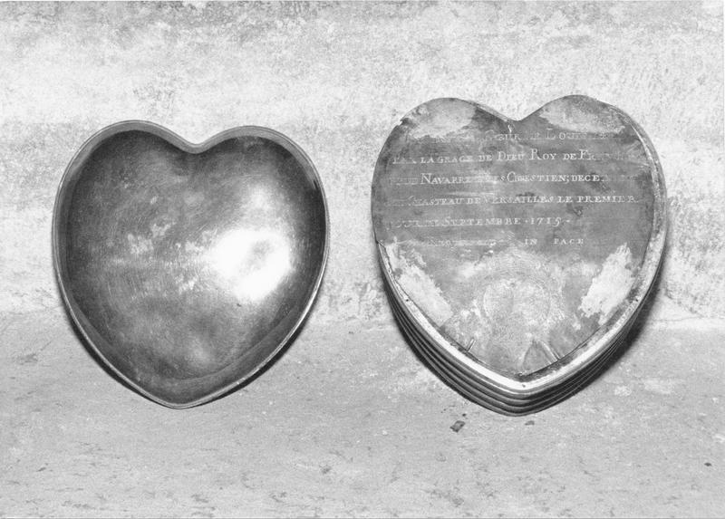 L'armoire des coeurs Sap83_93w00614_p