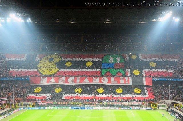 AC Milan       - Pagina 2 Phoca_thumb_l_milan%20barcellona%20quarti%20di%20finale%202011-2012_05