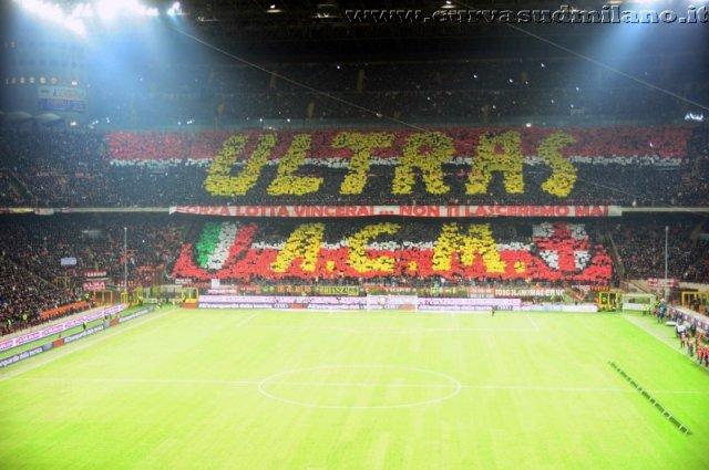 AC Milan       - Pagina 2 Phoca_thumb_l_milan%20juventus%202011-2012_15