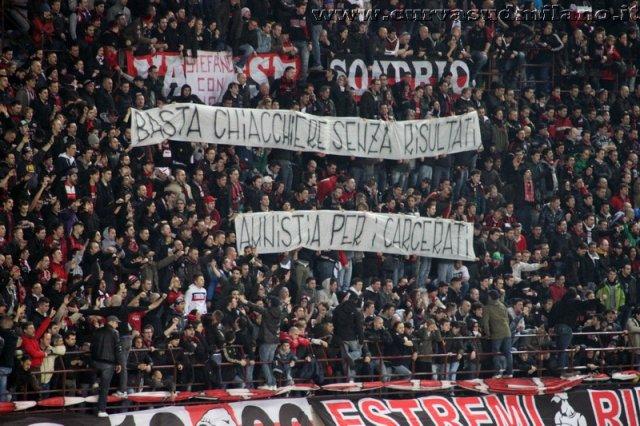 AC Milan       - Pagina 2 Phoca_thumb_l_milan%20juventus%202011-2012_20