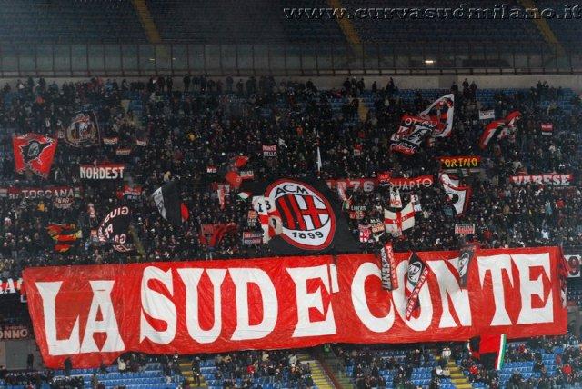 AC Milan       - Pagina 2 Phoca_thumb_l_milan%20juventus%20coppaitalia%202011-2012_01