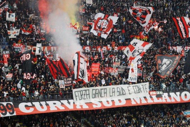 AC Milan       Phoca_thumb_l_milan%20palermo%202011-2012_03