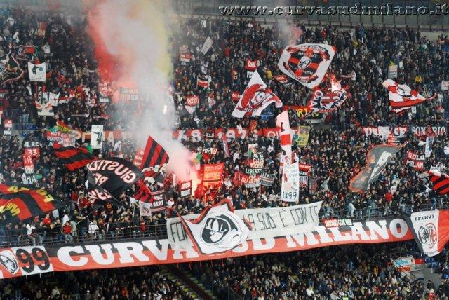 AC Milan       Phoca_thumb_l_milan%20palermo%202011-2012_05