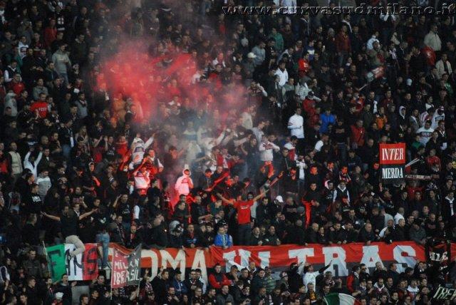AC Milan       Phoca_thumb_l_milan%20palermo%202011-2012_15