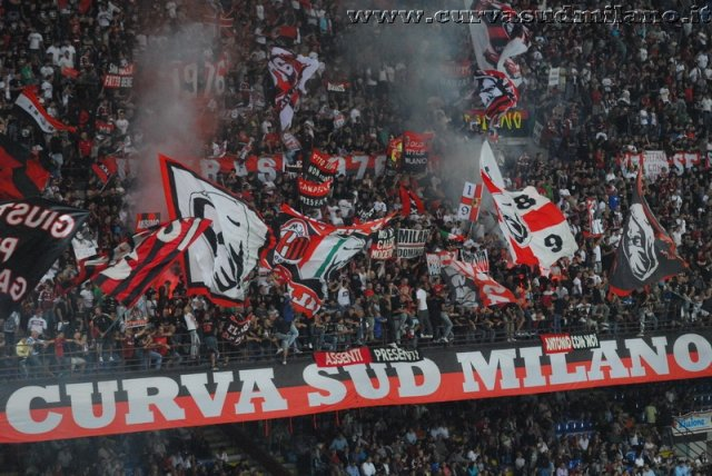AC Milan       Phoca_thumb_l_milan%20udinese%202011-2012_06