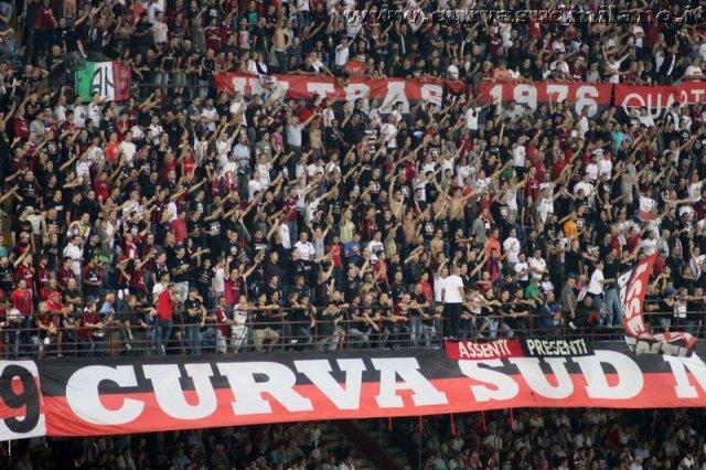 AC Milan       Phoca_thumb_l_Milan%20%20Viktoria%20Plzen%202011-2012_16
