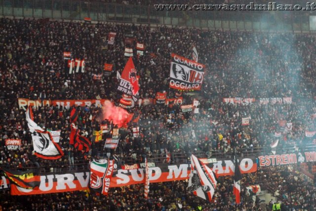AC Milan       - Pagina 2 Phoca_thumb_l_milan%20barcellona%202012-2013%2020