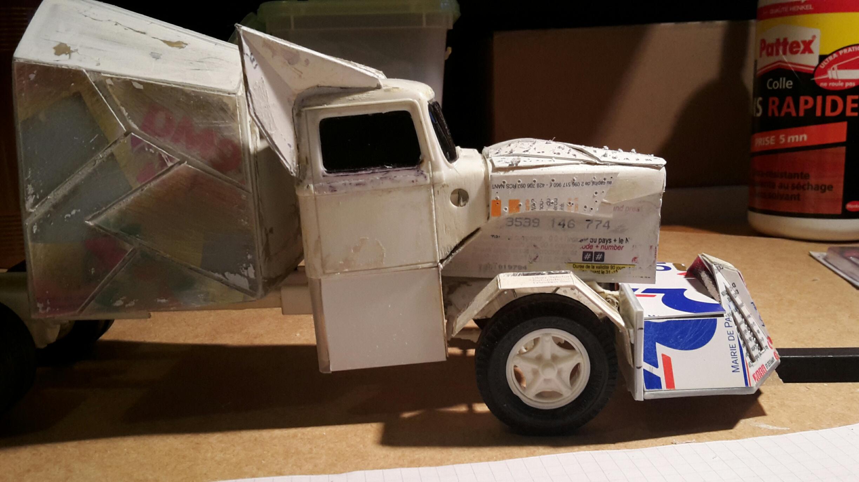 [Déterrage] Wolf Truck sur base de Diamond Reo AMT au 1/24 Wolf-121