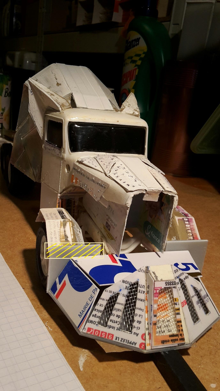 [Déterrage] Wolf Truck sur base de Diamond Reo AMT au 1/24 Wolf-123c