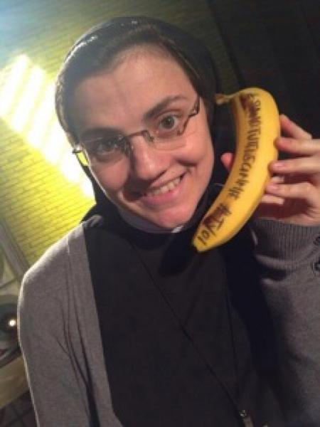 The Voice of Italy 2014 - The Battle e il Knockout - Pagina 36 Suor-cristina-banana-325644