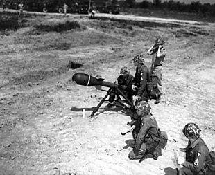 M-28 /M-29 Davy Crockett (A-bomb) Davy12