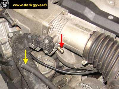 [ BMW E36 316i M43 an 1996 ] Remplacement du joint de culasse Pipe-admission-M43-03