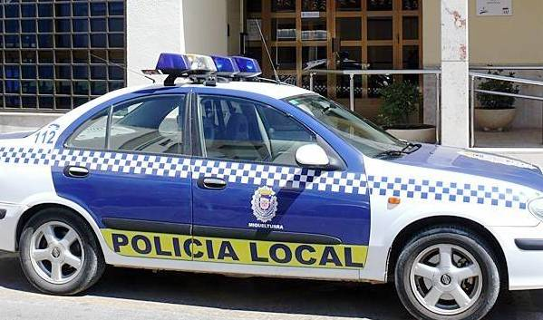 SUCESOS - ACIDENTES, ASESINATOS, HOMICIDIOS - Página 13 Proponen_a_un_policia_local_de_miguelturra_para_la_medalla_de_plata_al_merito_policial1