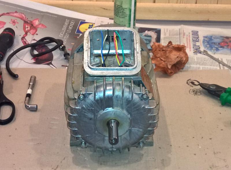 Un manège à machines Manege-030
