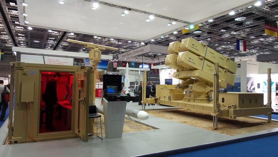 IDEX 2015 - International Defence Exhibition  M02015022300011