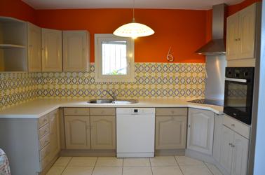 Rajeunir la cuisine Repeindre-un-meuble-en-bois-peinture-pour-meuble-cuisine-gripactiv-photo-apres