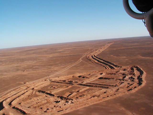 Zidovi sveta Western-sahara-wall