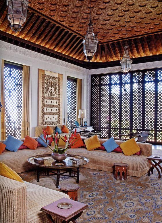 أجمل الديكورات العربية التراثية لفخامة منزلك %D8%BA%D8%B1%D9%81%D8%A9-%D8%AC%D9%84%D9%88%D8%B3-4