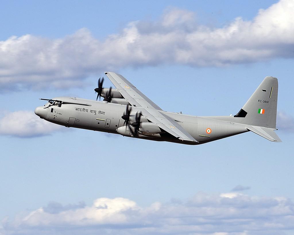 موسوعة طائرة النقل التكتيكي الاحدث C-130J Super Hercules بجميع أنواعها   India_C-130J-firstflight4b-1024x819