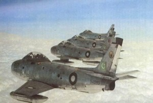 Top 5 dogfights in history PAF_sabres-300x202